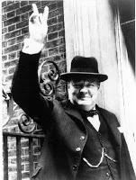 Churchill al borde de ser derribado