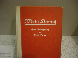 Adolf Hitler, autor superventas