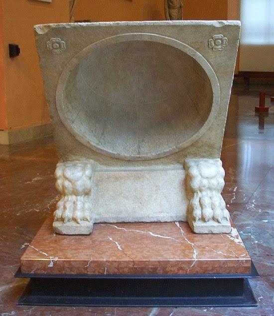 El reloj de sol de Roma, un siglo marcando mal la hora