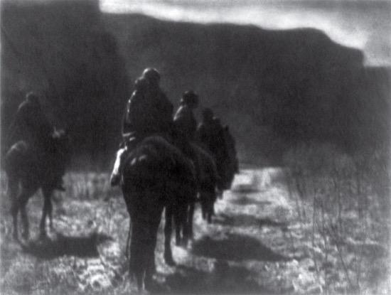 La raza desaparecida. Foto de Edward S. Curtis (1904)