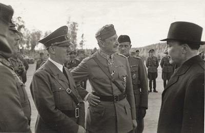 La voz de Hitler cuando hablaba normal