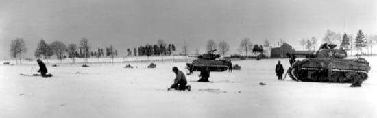 La 44.ª Infantería Blindada y 6.ª División Blindada cerca de Bastoña, en diciembre del 44