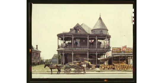 Casa en Houston, Texas. 1943. Foto de John Vachon
