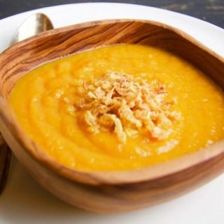 Recept Pittige wortelsoep