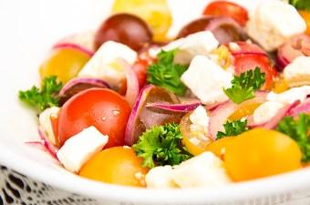 Salade van tomaat en Marokkaanse dressing