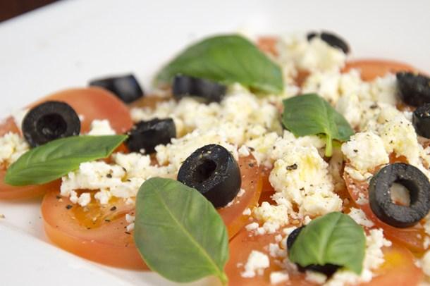 Tomatencarpaccio met olijven