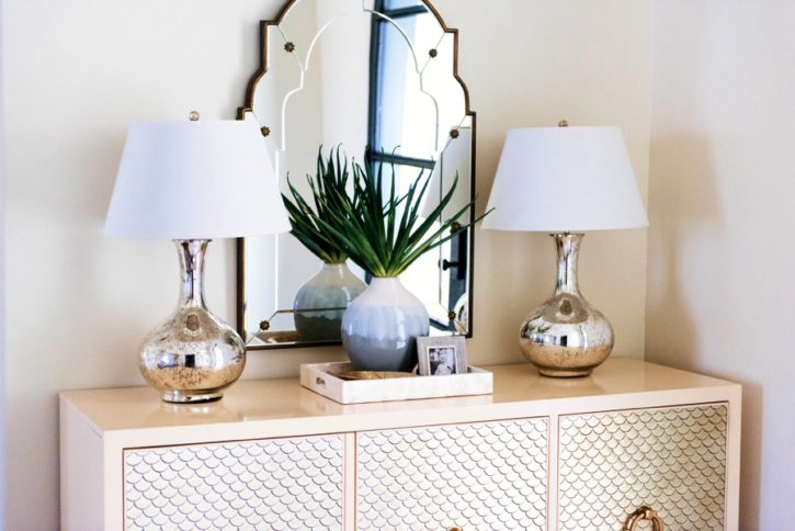 How To Decorate Console Table Featured By Popular Oklahoma Lifestyle  Blogger, Curls And Cashmere ...