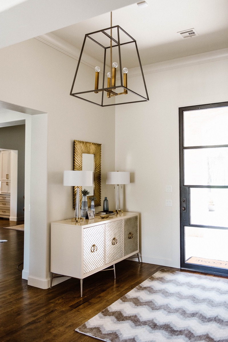 Stylish Entryway Decor Ideas Curls And Cashmere
