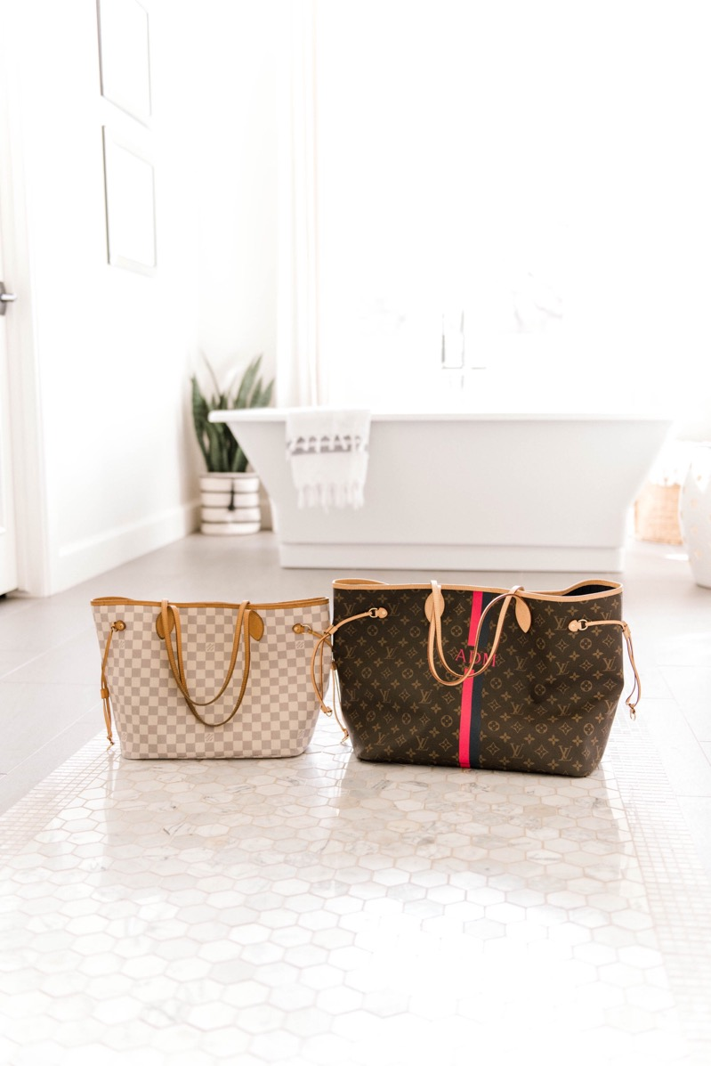 8acbbdfad005 Louis Vuitton Neverfull Tote Size--GM vs. MM Comparison