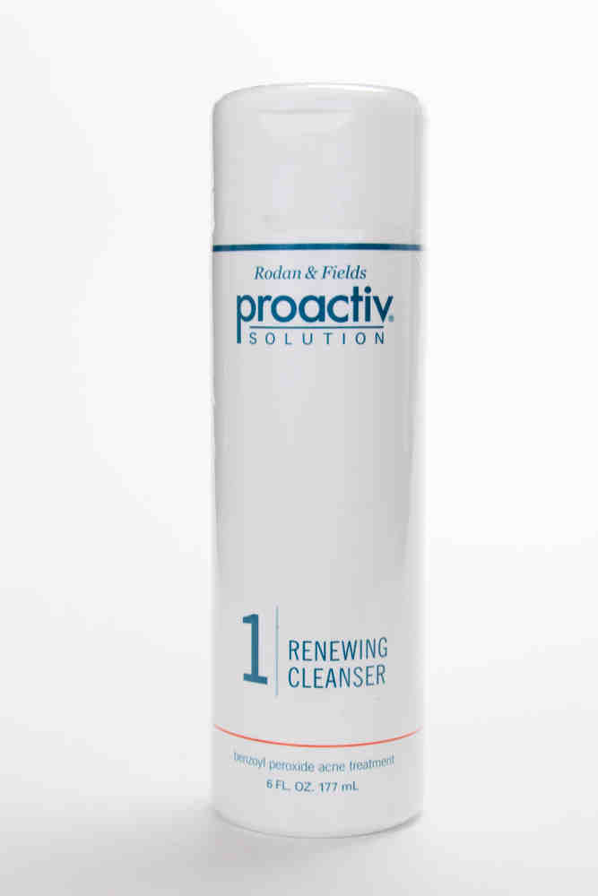 Proactiv Renewing Cleanser