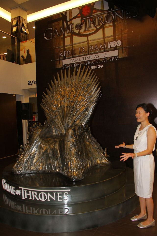 Unveiling of Game of Thrones. With HBO Representative is Angela Poh, Manager of Communications, HBO Asia.
