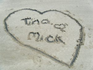 Tina loves Mick