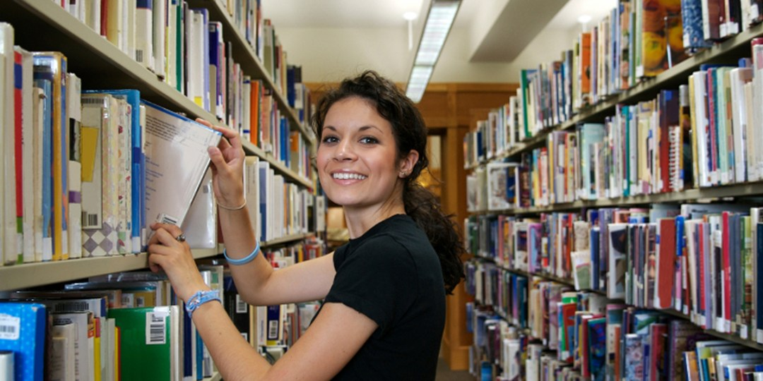 Amazing Librarian Courses 2021 and Careers