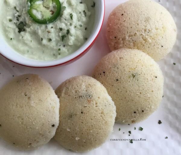 Instant Rava Idli (Steamed suji or semolina cakes)