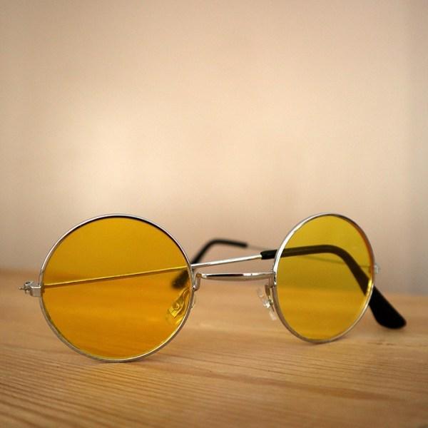 Lunettes de soleil rondes jaunes 70s