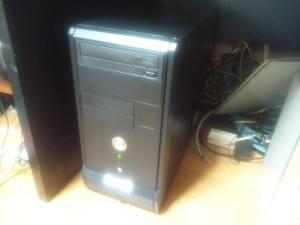 TVとして運用中のXP中古端末