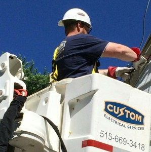 Bucket truck is available 24/7.  Bucket truck services.  Electrician bucket trucks.