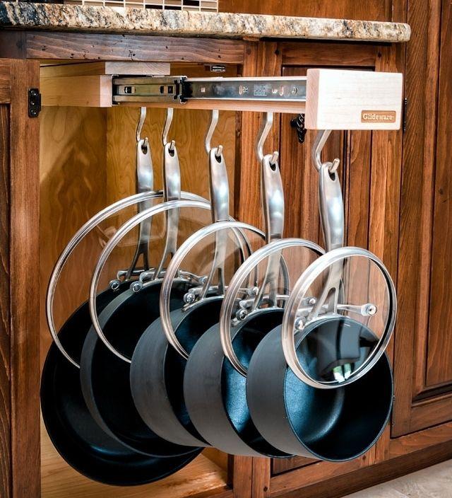 hanging-pan-cabinet