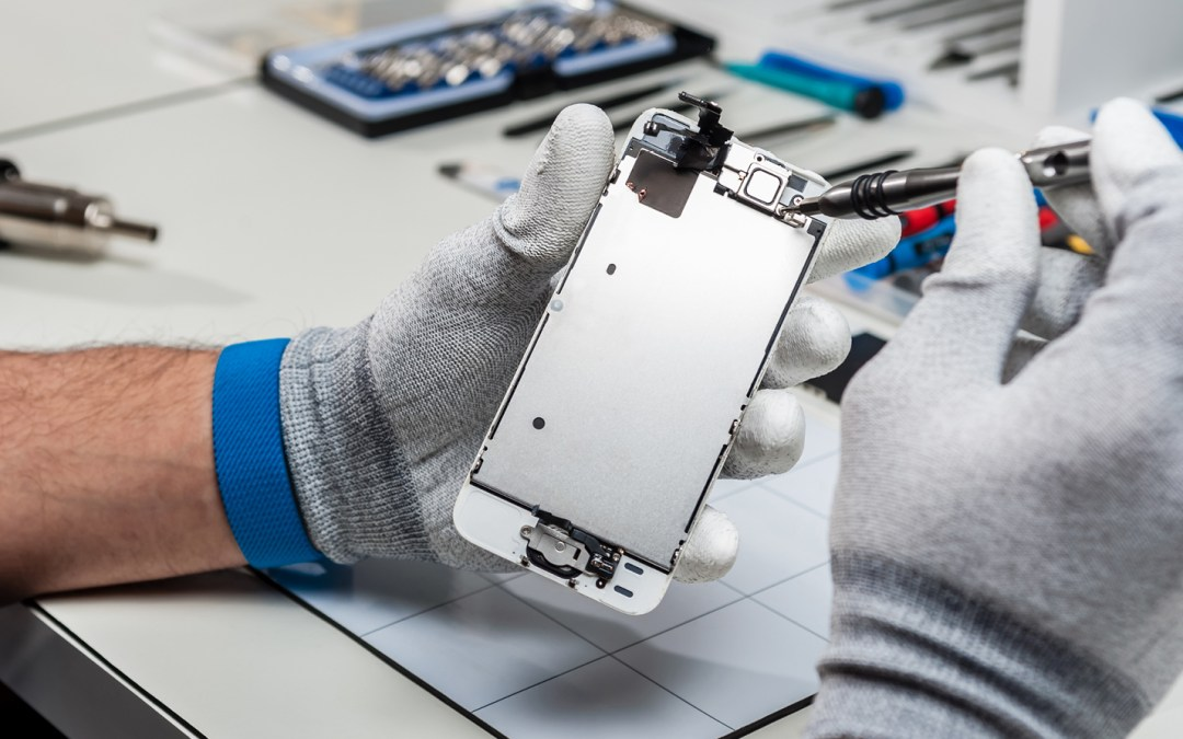 Smartphone Repair Industry Continues to Thrive