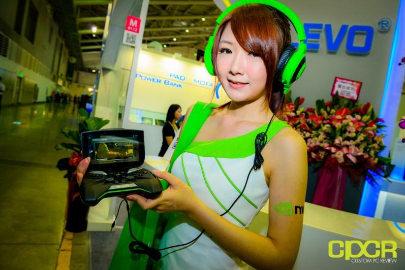 show-girls-computex-2013-custom-pc-review-22