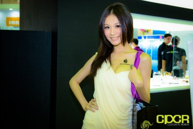 show-girls-computex-2013-custom-pc-review-45