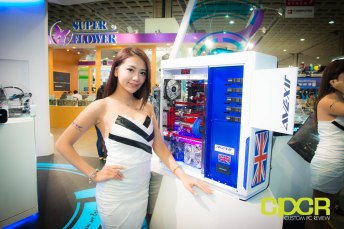 computex-2014-mega-booth-babes-gallery-custom-pc-review-113