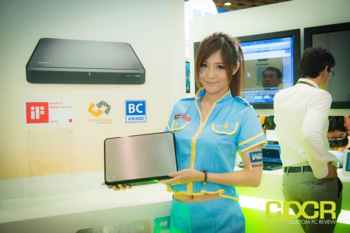 computex-2014-mega-booth-babes-gallery-custom-pc-review-37