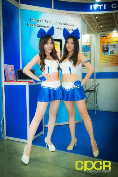 computex-2014-mega-booth-babes-gallery-custom-pc-review-39