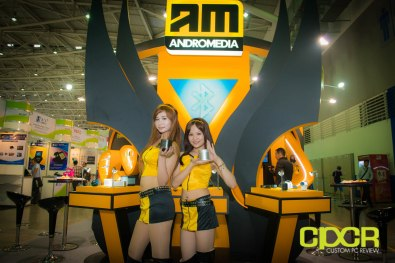 computex-2014-mega-booth-babes-gallery-custom-pc-review-41