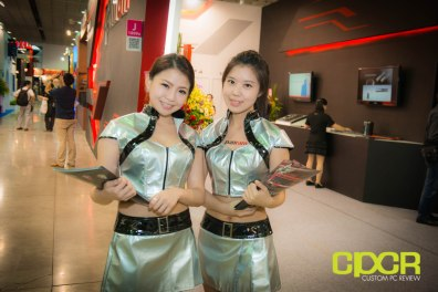 computex-2014-mega-booth-babes-gallery-custom-pc-review-45