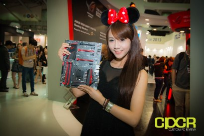 computex-2014-mega-booth-babes-gallery-custom-pc-review-75