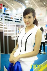 computex-2015-ultimate-booth-babe-gallery-custom-pc-review-13
