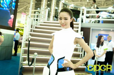 computex-2015-ultimate-booth-babe-gallery-custom-pc-review-15
