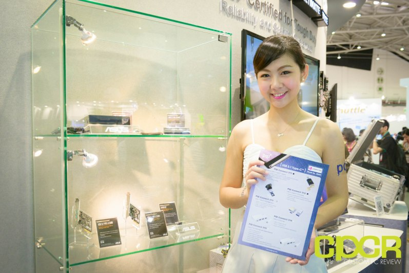 computex-2015-ultimate-booth-babe-gallery-custom-pc-review-17