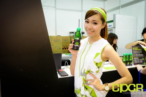 computex-2015-ultimate-booth-babe-gallery-custom-pc-review-37