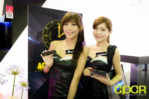 computex-2015-ultimate-booth-babe-gallery-custom-pc-review-45