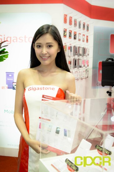computex-2015-ultimate-booth-babe-gallery-custom-pc-review-47