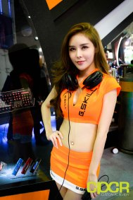 computex-2015-ultimate-booth-babe-gallery-custom-pc-review-50