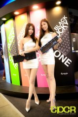 computex-2015-ultimate-booth-babe-gallery-custom-pc-review-66