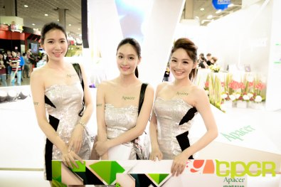 computex-2015-ultimate-booth-babe-gallery-custom-pc-review-70