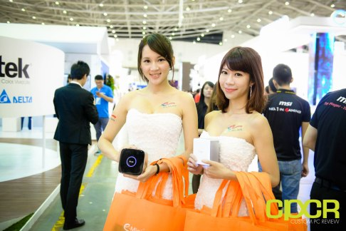 computex-2015-ultimate-booth-babe-gallery-custom-pc-review-8