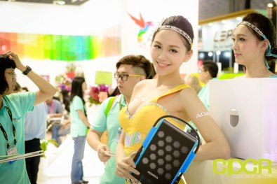 computex-2015-ultimate-booth-babe-gallery-custom-pc-review-98