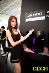 computex-2016-booth-babes-custom-pc-review-19