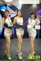 computex-2016-booth-babes-custom-pc-review-25