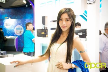 computex-2016-booth-babes-custom-pc-review-26