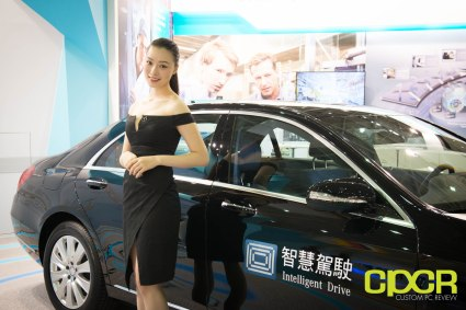 computex-2016-booth-babes-custom-pc-review-47