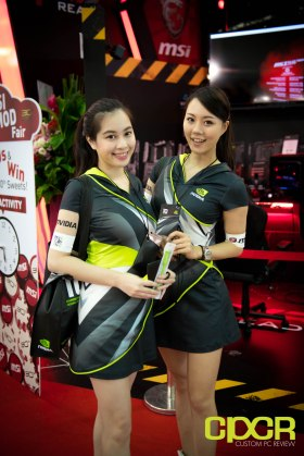 computex-2016-booth-babes-custom-pc-review-6
