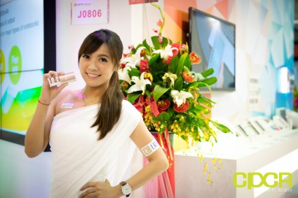 computex-2016-booth-babes-custom-pc-review-65