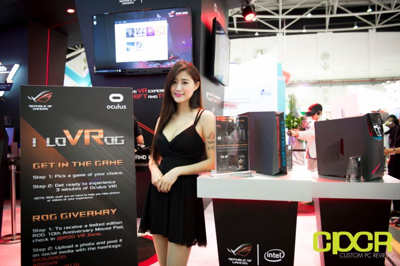 computex-2016-booth-babes-custom-pc-review-73