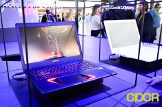 samsung-odyssey-gaming-notebook-ces-2017-custom-pc-review-1